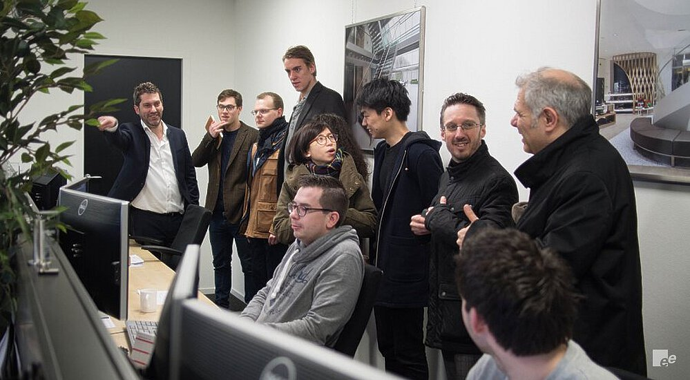 The drawing room of EeStairs Nederland, with EeStairs employees, the jury and participants of the EeStairs Design Competition.