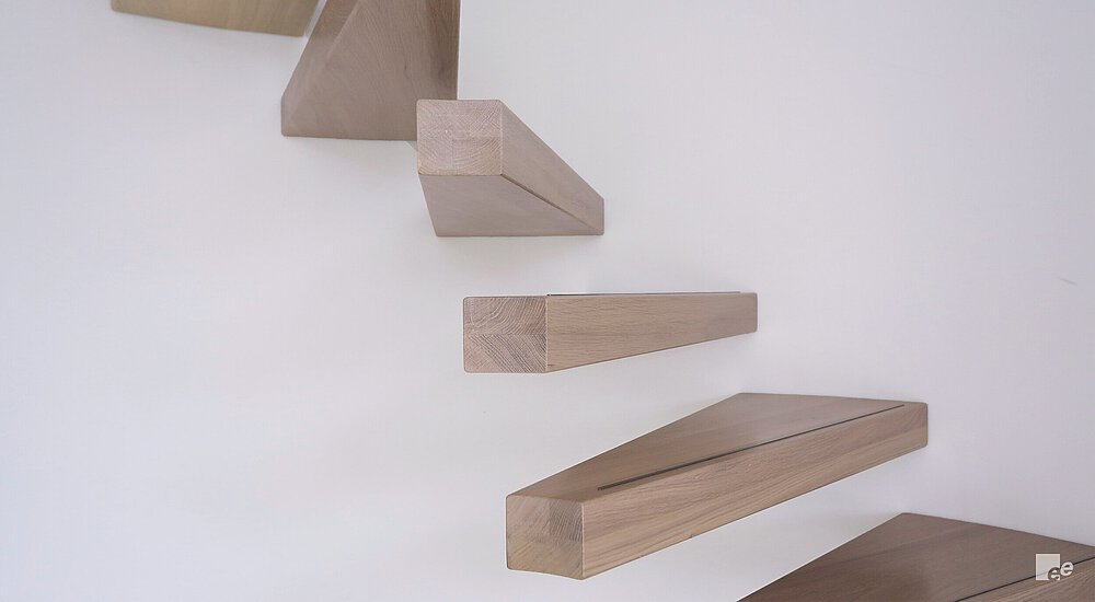 Floating steps in the wall