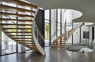 EeStairs + Stewart Seaton Arquitecto, Quinta Do Lago [PT]. High End  Staircases